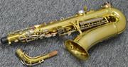 дуже гарний і професійний саксофон прямо зіСША приїхав і чекає на тебе